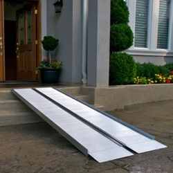 EZ-Access Suitcase Signature Series Ramp